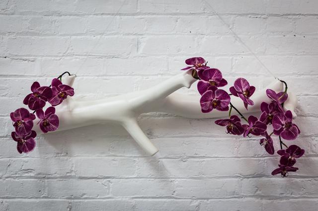 Hanging-Branch-vase